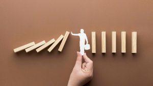 آینده نگاری و ارزیابی ریسک