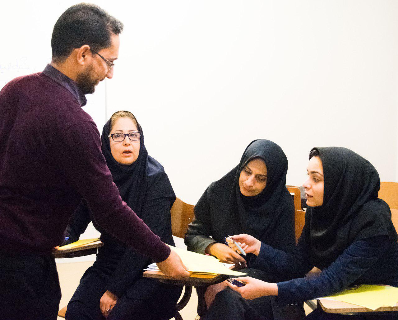 تسهیلگری مربی در کارگاه آینده پژوهی