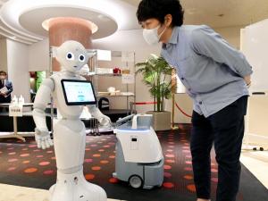 توسعه استفاده از رباتها در برابر کووید -19